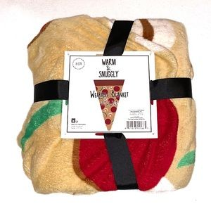 Warm & Snuggly Wearable Pizza 🍕 Novelty Blanket